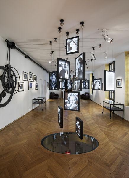Studio Harcourt Paris Salle d'exposition 2