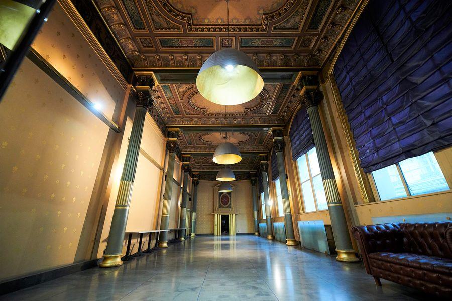 Normandy Le Chantier Palazzo (130m²+34m² vestiaire ; lumière du jour)