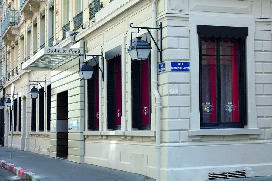 Hôtel Globe et Cecil ****  15