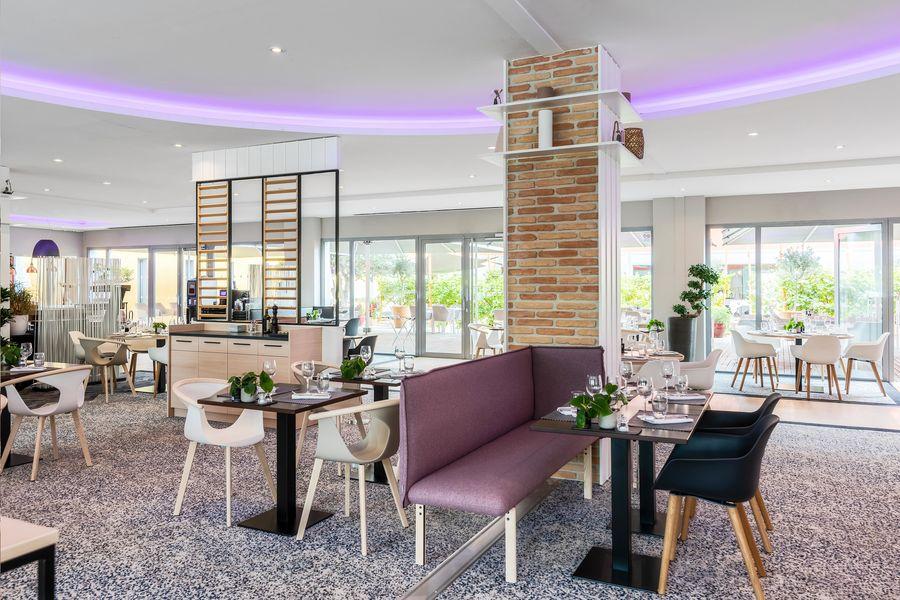 Radisson Blu Hôtel Toulouse Aéroport **** Restaurant La Vie en Rose