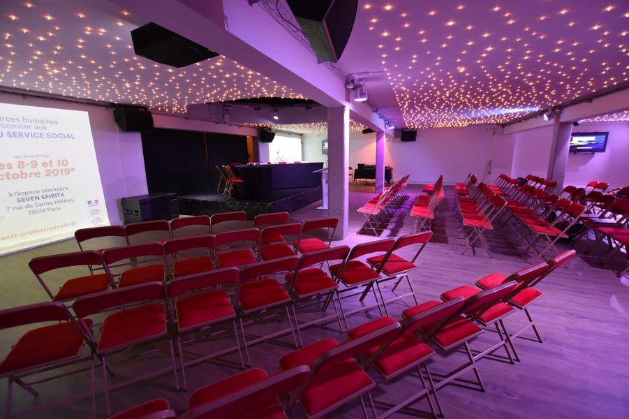 Galerie VII  Grande salle - Format conférence