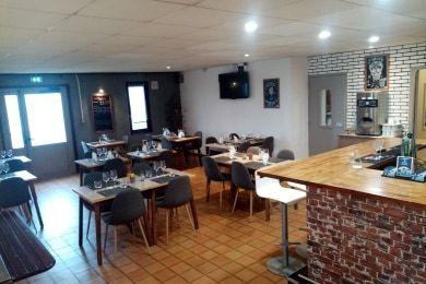 Hotel Kyriad GENEVE - Saint Genis Pouilly Restaurant & Bar