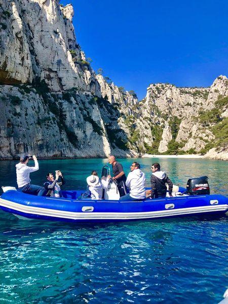 Domaine de Canaille Sortie en bateau, visite des calanques