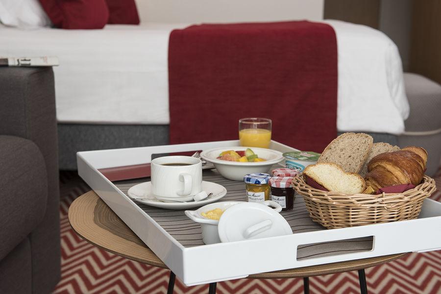 Hôtel Forest Hill Meudon Vélizy **** Petit-déjeuner
