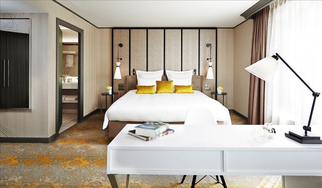 Renaissance Paris La Defense Hotel Junior Suite Room