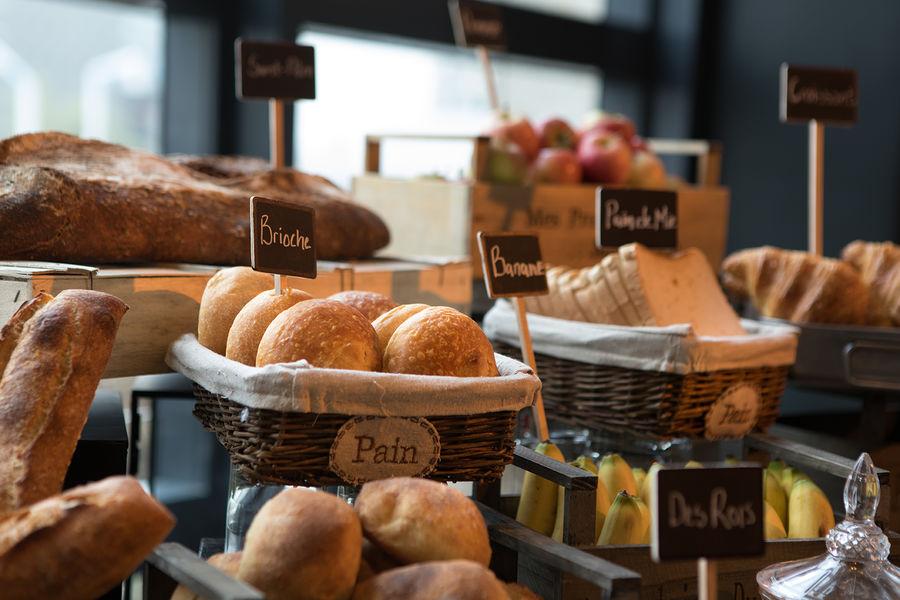 Renaissance Paris La Defense Hotel La Brasserie, Restaurant & Bar (Breakfast)