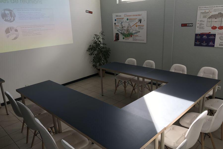 EComWork Salle de reunion CASA DE PAPEL en U
