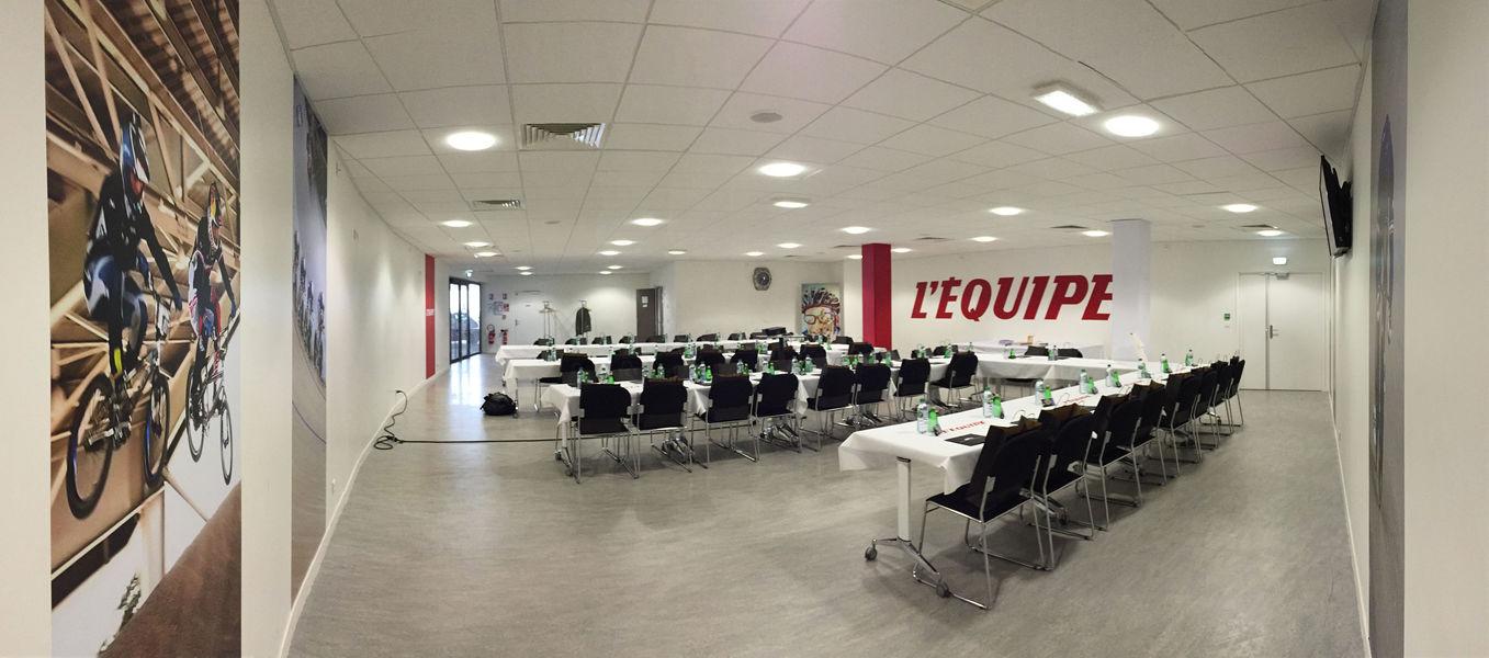 """Vélodrome National de Saint-Quentin-en-Yvelines Salon Premium - configuration """"U"""""""