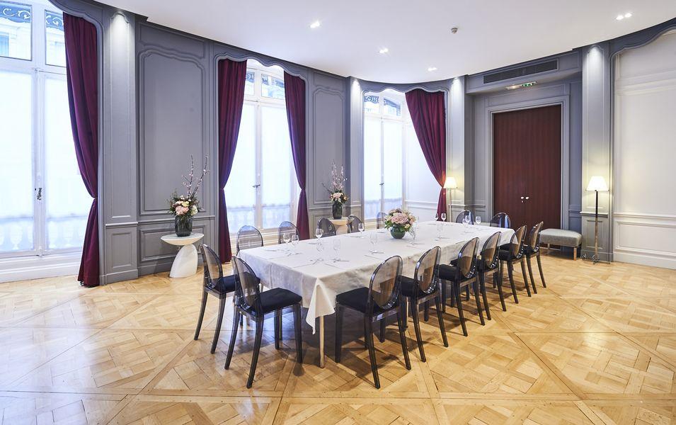 Hôtel De Sers ***** Salon du Marquis
