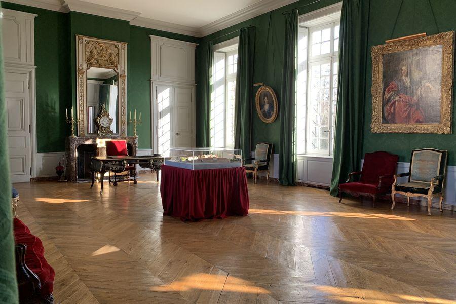 Château de Parentignat Grand Salon Vert