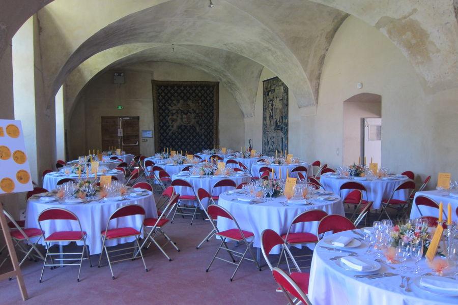 Château de Parentignat Grand Pavillon Déjeuner
