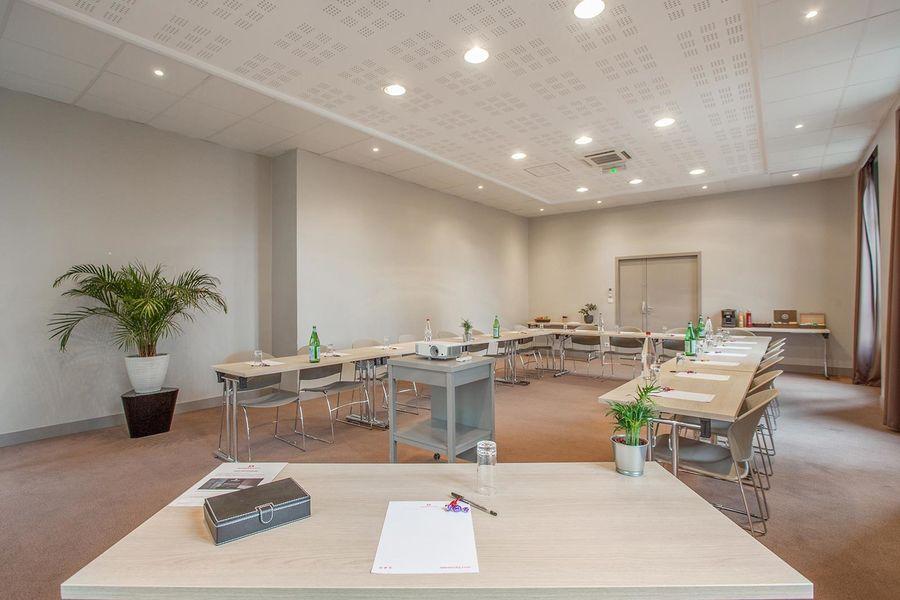 Appart'City Confort Lyon Cité Internationale *** Lumière