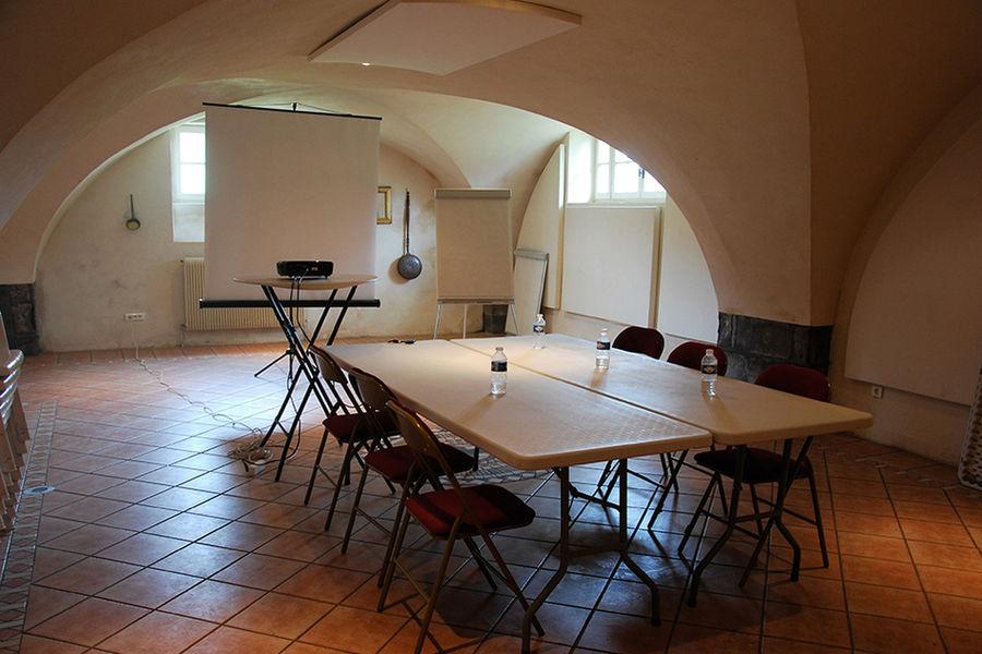 Château de Feligonde Salle voûtée