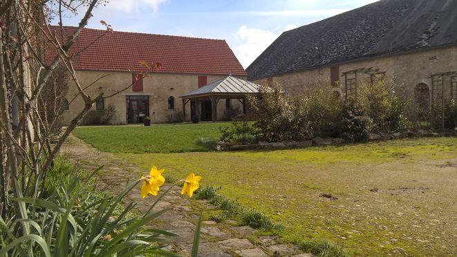 Votre espace extérieur, pelouse, terrasse, à votre arrivée