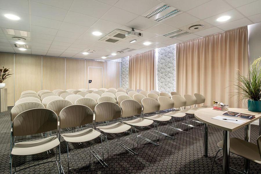 Appart'City Confort Le Bourget - Aéroport*** Salle séminaire