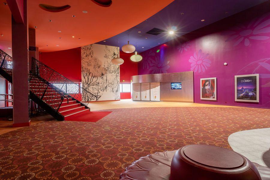 Gaumont Disney Village 20