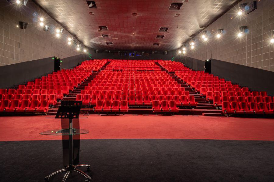Gaumont Disney Village 19