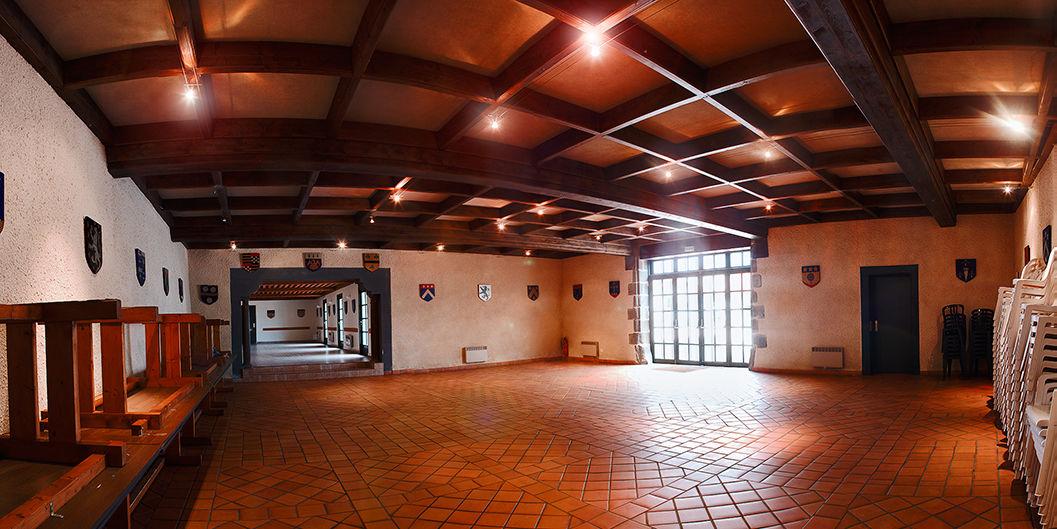 Château de Feligonde Salle des blasons
