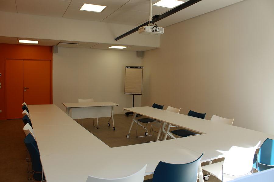 L'EXTRA Salle de réunion COSY