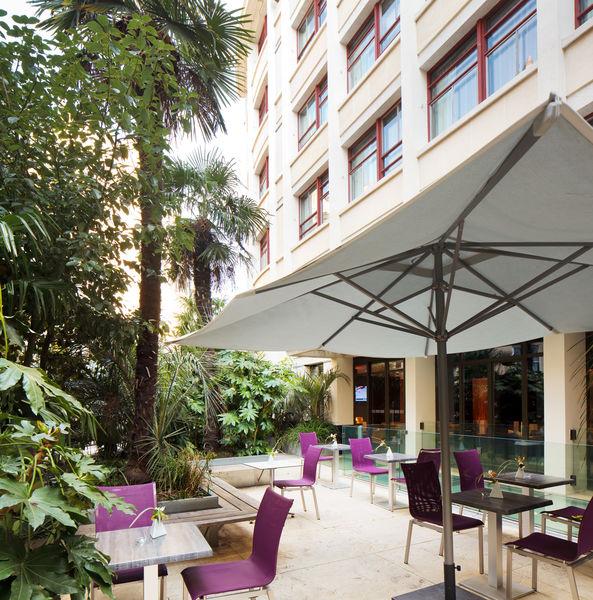 Holiday Inn Paris Notre Dame **** Patio
