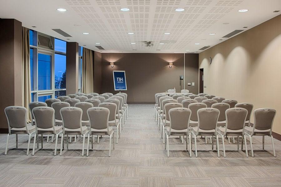 Hôtel NH Lyon Airport **** Meeting room