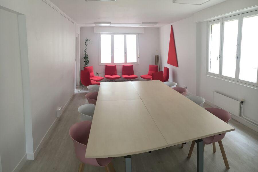 Salons 8ème Sens - Angers Béclard Salle Rouge, en complément de la salle du RdC ou de la salle verte