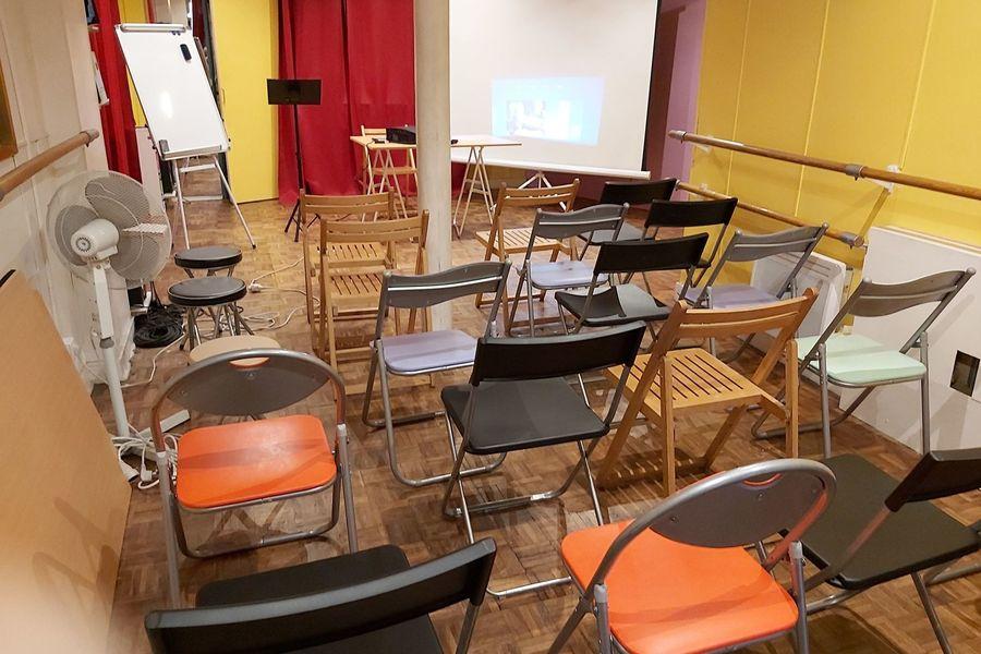 Salle Pliaska Paris Montmartre 5