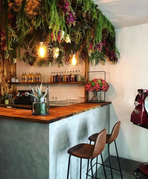 L'Iroquois Bar