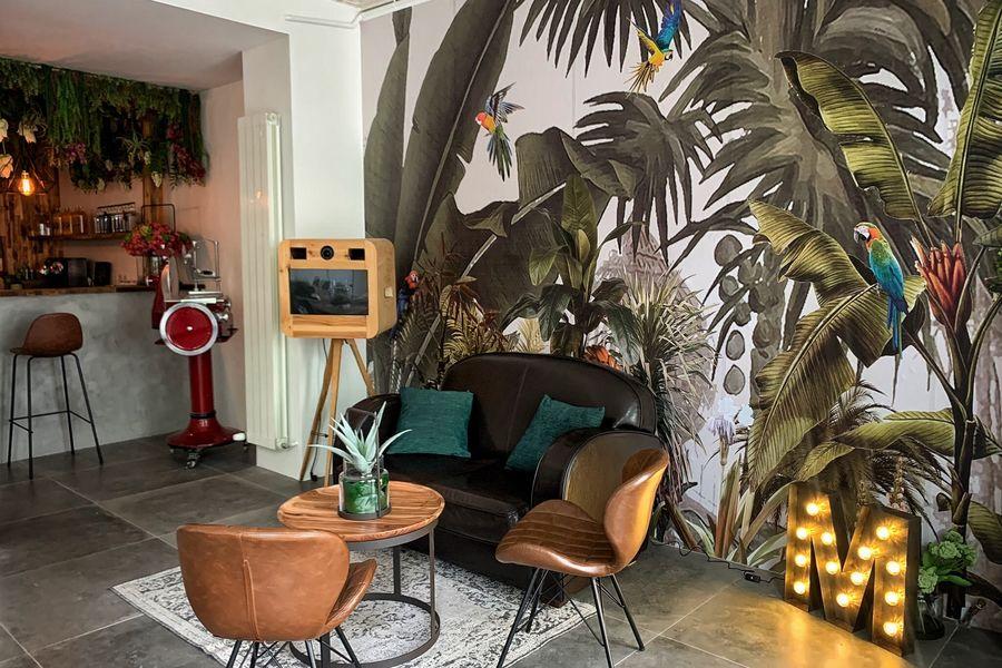 L'Iroquois espace lounge