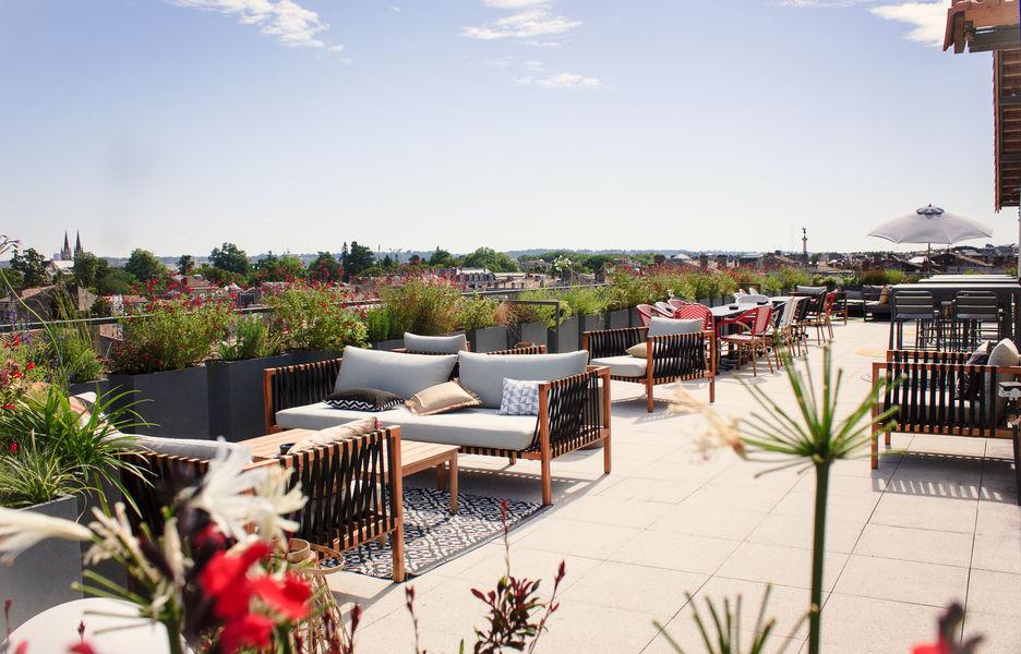 Halle Héméra Le Rooftop est une des plus belle vue sur les toits de Bordeaux