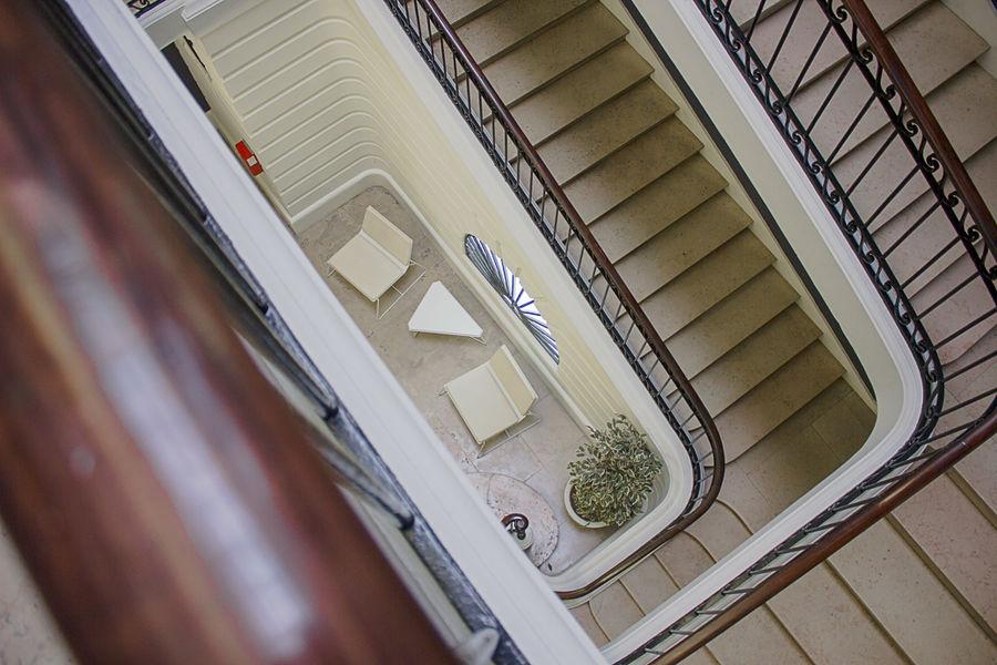 Hôtel Fenwick La cage d'escalier est magnifique
