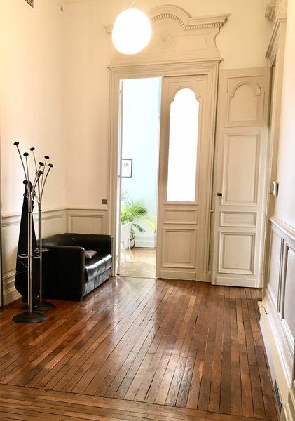 Hôtel Fenwick Un vestibule pour le vestiaire