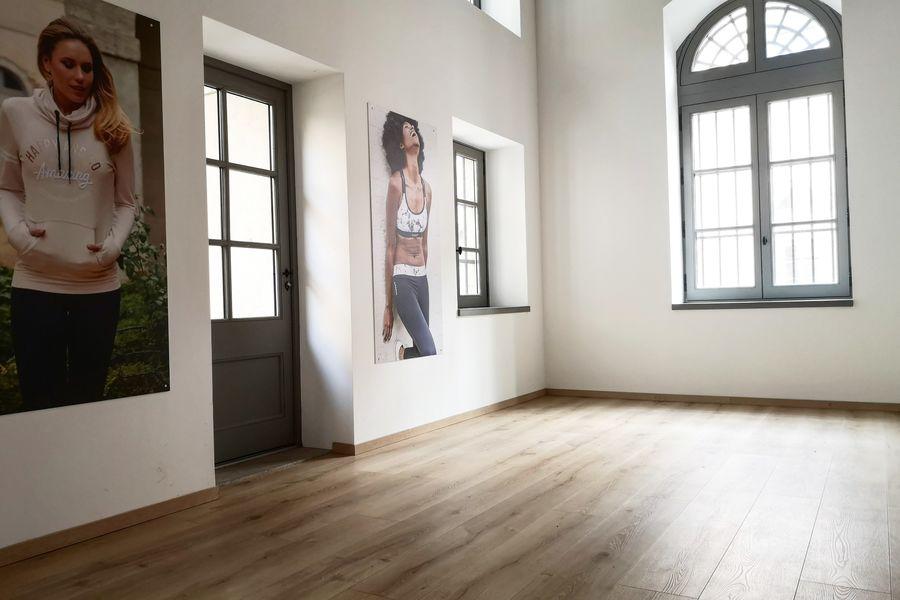 La source -Concept store Salle So Fun avec accès extérieure direct
