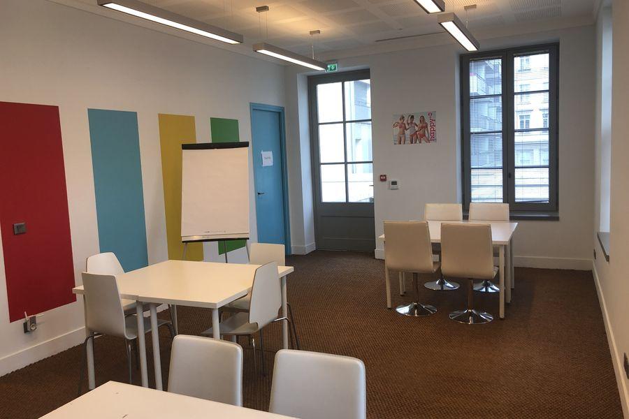 La source -Concept store Salle So Happy avec accès extérieure directe