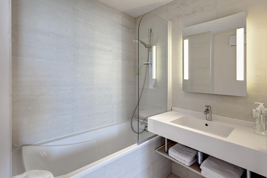 Brit Hotel Les Sables d'Olonnes – Vendée Mer Brit Hotel Les Sables d'Olonnes – Vendée Mer - Salle de bain