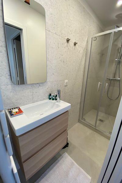 Duplex des cailloux Salle de bain Douche