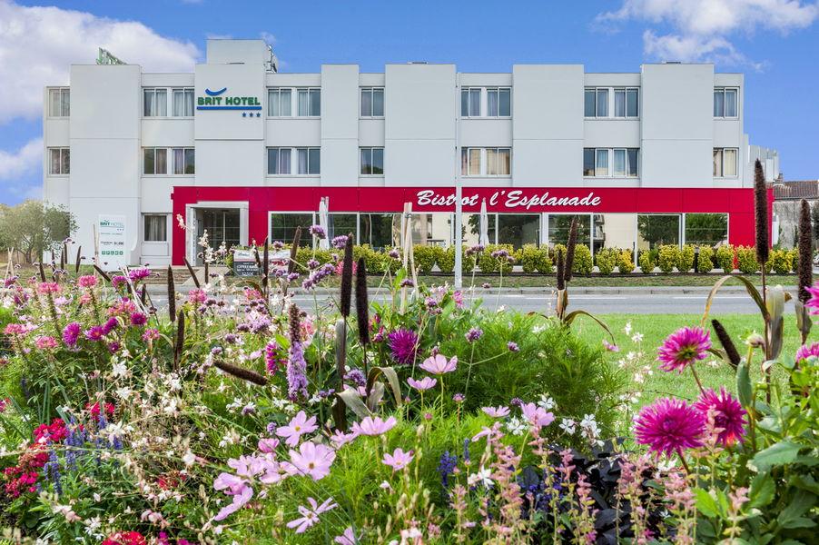 BRIT HOTEL Toulouse Colomiers -  L'Esplanade *** Extérieur de l'hôtel
