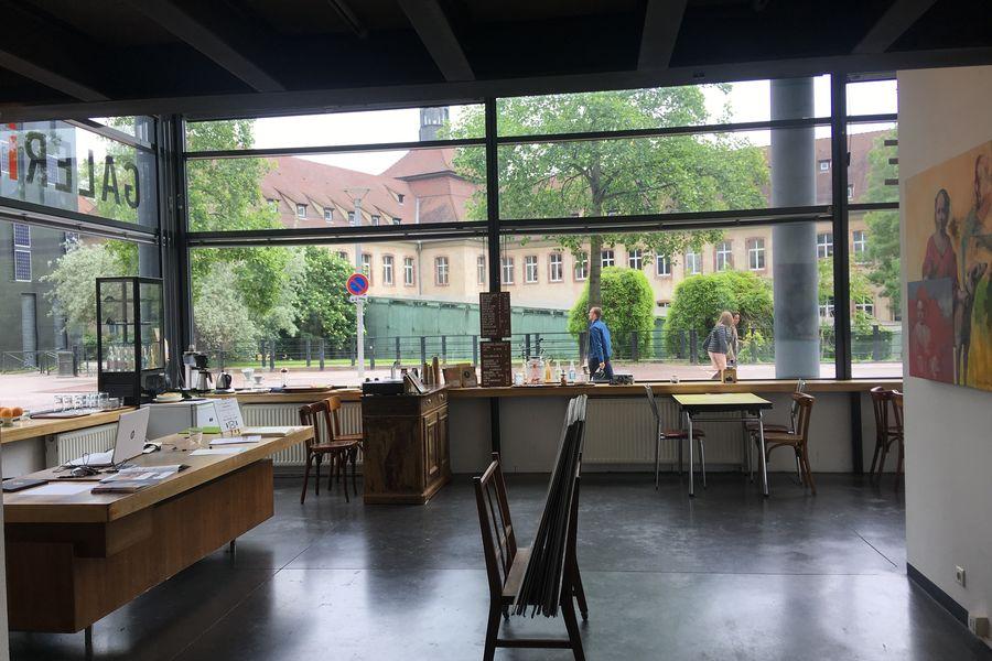 Galerie DECORDE GALERIE DECORDE CORNER CAFE