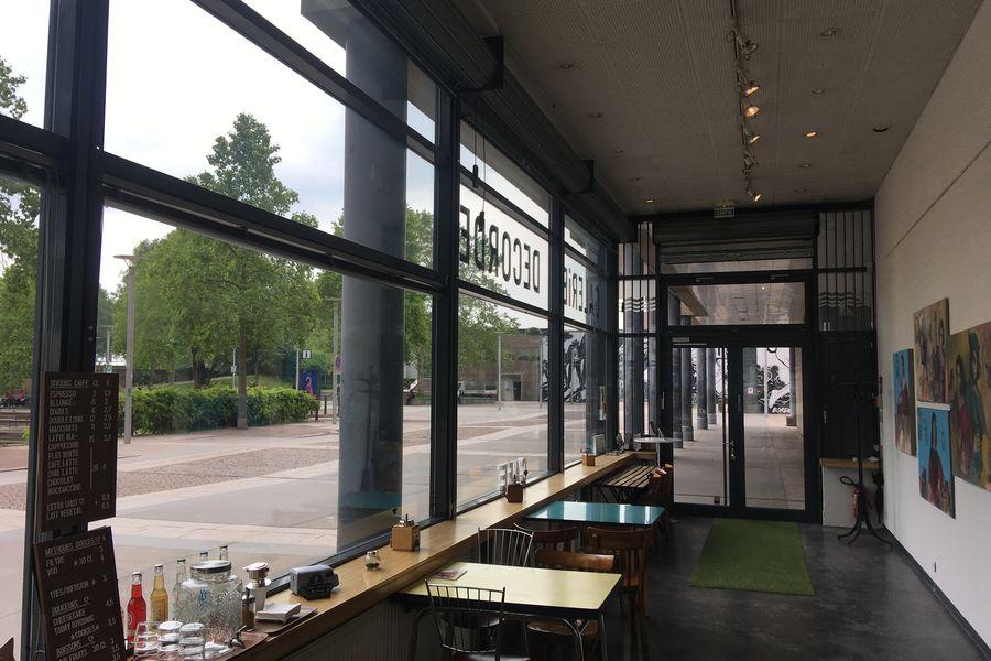 Galerie DECORDE GALERIE DECORDE CORNER CAFE 2