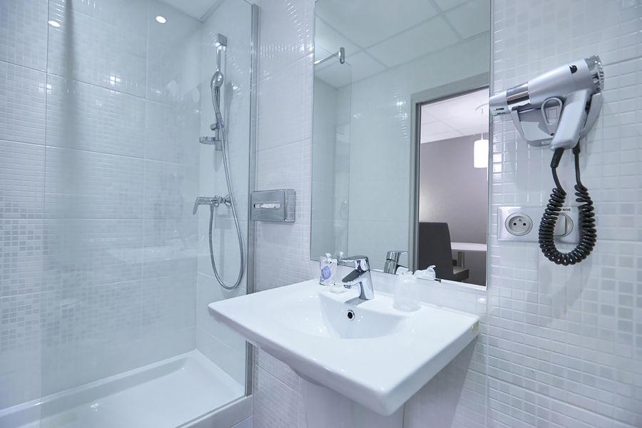 Kyriad Voiron Chartreuse Centr'Alp*** Salle de bain