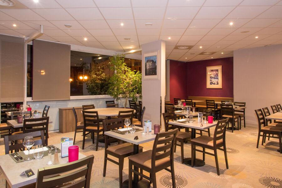 Brit Hotel Tours Sud – Le Cheops *** Restaurant