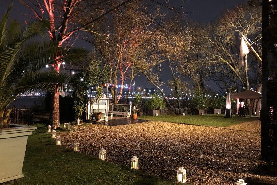 Chantier Nicolas Chantier Nicolas - jardin by night