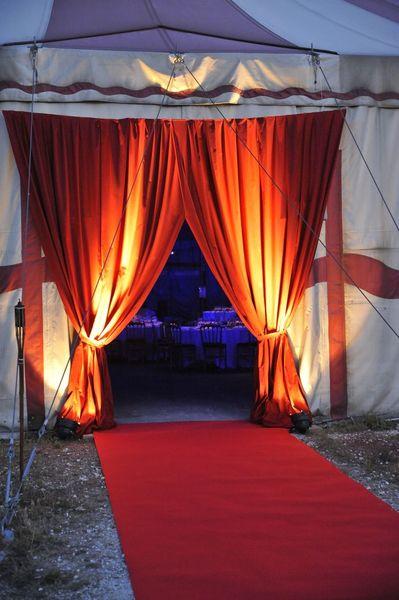 Le Chapiteau de Cirque de Bordeaux Le Grand Chapiteau - entrée