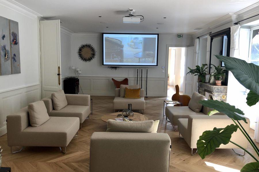 AUTRE AMBIANCE Salon - Vidéo projecteur - Salle de réunion Bordeaux