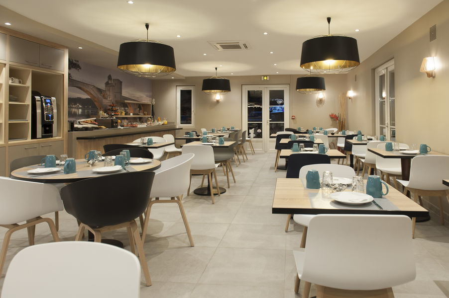 Brit Hotel Avignon Sud – Le Calendal *** Restaurant