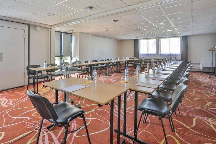 Brit Hotel Rennes Saint-Gregoire - Le Villeneuve *** Salle de séminaire