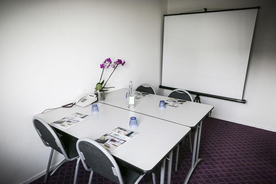 Brit Hotel Rennes - Le Castel *** Petite salle de réunion