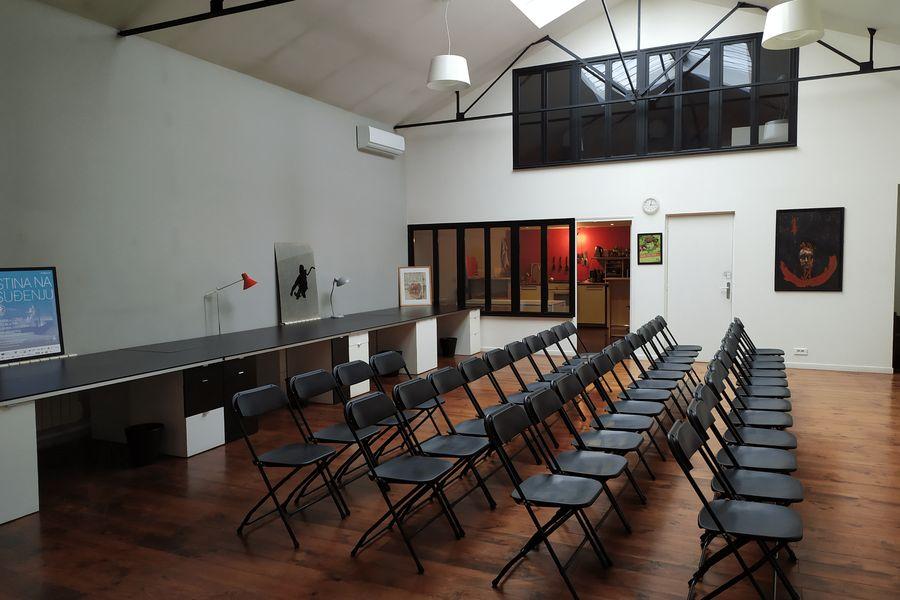 La Sphère Loft conférence 50 chaises vue 1