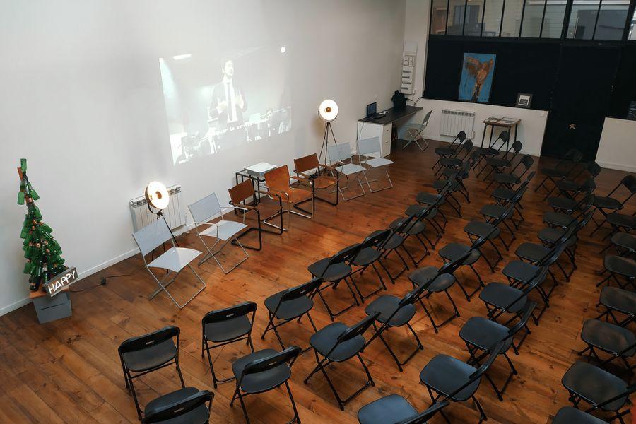 La Sphère Loft conférence 50 chaises vue 2