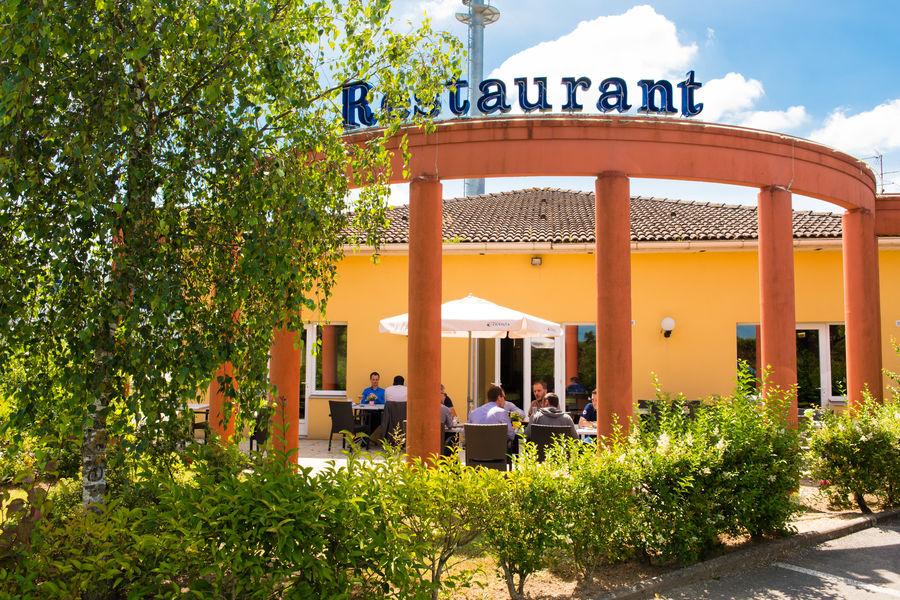 Brit Hotel Nantes Saint Herblain - Le Kerann *** Terrasse du restaurant